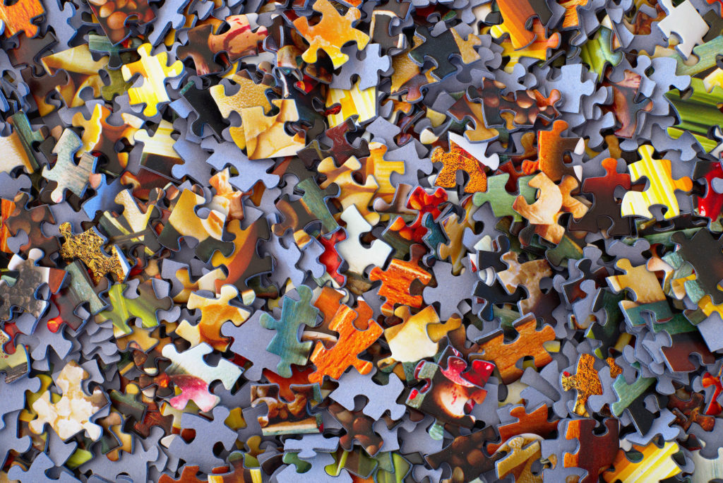 Jigsaw Puzzle - Illustration of Chunking